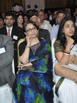 Sharmila Tagore, Indiritta D'Mello